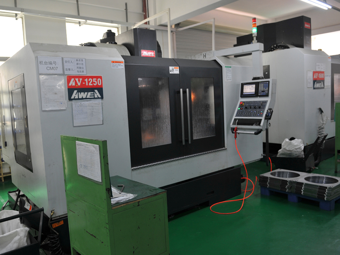 CNC Machining Center (Table A)